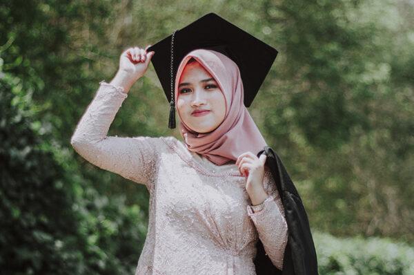 منح دولية للطلبة المغاربة 2021-2022